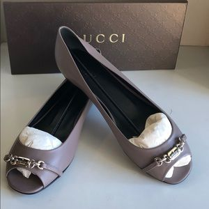 🛍New Gucci Mauve Leather peep toe flats sz 10